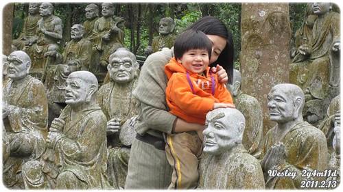 在仙佛寺玩耍.jpg