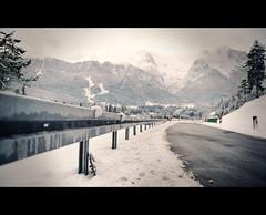 Lost in snow (2undsiebzig.de) Tags: street schnee snow berg nikon dof berge tamron landschaft garmisch garmischpartenkirchen schrfentiefe tamron2875 2875 tiefenschrfe deepfocus strase d700 focusdepth
