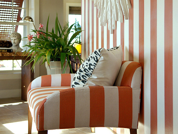 Orange-Striped-Foyer-2