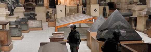 Soldados en el Museo Egipcio