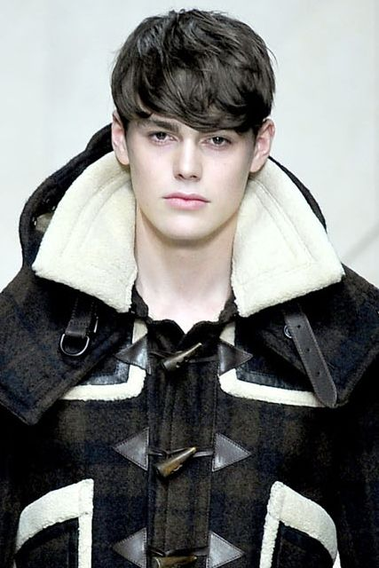 Jacob Young3002_FW11_Milan_Burberry Prorsum(VOGUEcom)