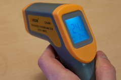 Digital InfraRed Thermometer with Laser Sight (-32'C~380'C/26'F~716'F)