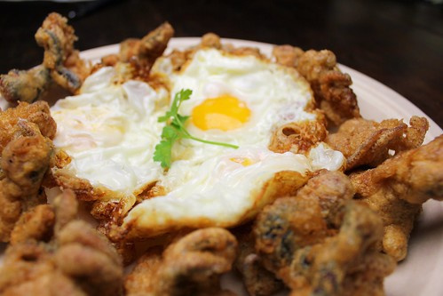 deep-fried baby octopus with fried eggs