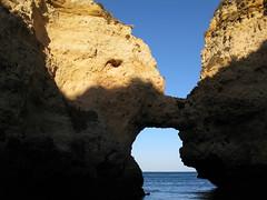 NOSE TO NOSE (André Pipa) Tags: ocean sea mer wonder mar mare lagos grotto algarve atlanticocean grutas 50faves pontadapiedade maravilhanatural andrépipa naturalmarvel photobyandrépipa