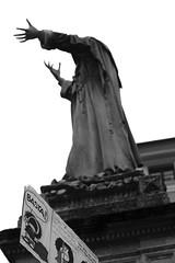 57##365 (giacomo-b | + l i g h t) Tags: teatro ferrara piazza statua mafalda basta manifestazione savonarola falsitelai
