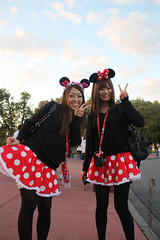 made in korea =)  Explore #3 (Dote []  [back!!]) Tags: canon mouse disney minnie  450d  disneyhollywoodstudios