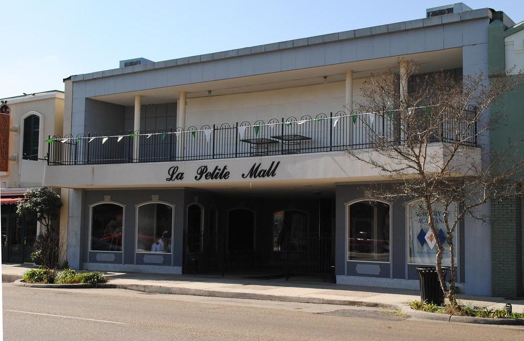 la petite mall