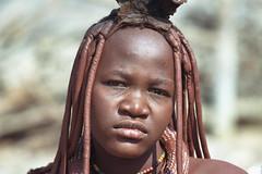 Himba (ronniedankelman) Tags: africa travel portrait girl face canon mud african culture tribal safari clay afrika tribe ethnic portret klei namibia meisje tribo stam kaokoveld himba afrique reizen ethnology tribu gezicht opuwo namibie kunene tribus ethnie ovahimba landofthebrave republicofnamibia peoplehimba