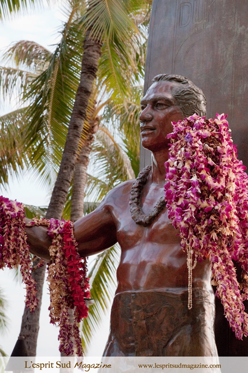 Duke Kahanamoku tribute - Waikiki Beach