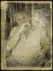 (Amedeo Troiani) Tags: people man ritratti iphone portrai fakevintage iphoneography