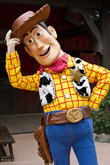 DLP Feb 2011 - Woody meets his fans outside of Cowboy Cookout BBQ (PeterPanFan) Tags: travel winter vacation france canon europe character woody disney pixar 7d characters february feb fr frontierland disneylandparis dlp disneylandresortparis disneycharacters disneycharacter dlrp 2011 marnelavalle disneypictures parcdisneyland disneyparks disneypics canoneos7d canon7d marnelavalle cowboycookoutbbq disneylandparispark