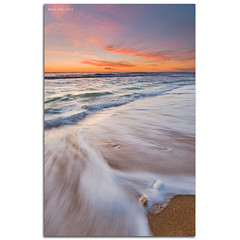 The wink (alonsodr) Tags: sunset atardecer andaluca seascapes sony filter alpha cdiz alonso conil marinas carlzeiss nd8 a900 alonsodr alonsodaz calasderoche alpha900 degradadoinverso cz1635mm mygearandme mygearme reversegraduated