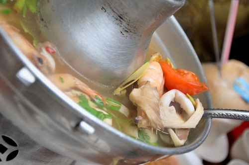 Khunthai Mixed Seafood White Tom Yam