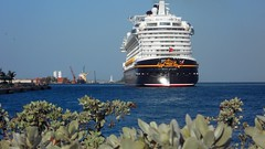 Disney Dream cruise ship in the Bahamas (blmiers2) Tags: cruise nikon ship cruiseship coolpix bahamas s3000 disneydream blm18 blmiers2