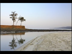 Kashid beach (Nilanjan Sasmal) Tags: morning sea reflection sunrise sand calm beachside konkan footmark kashidbeach