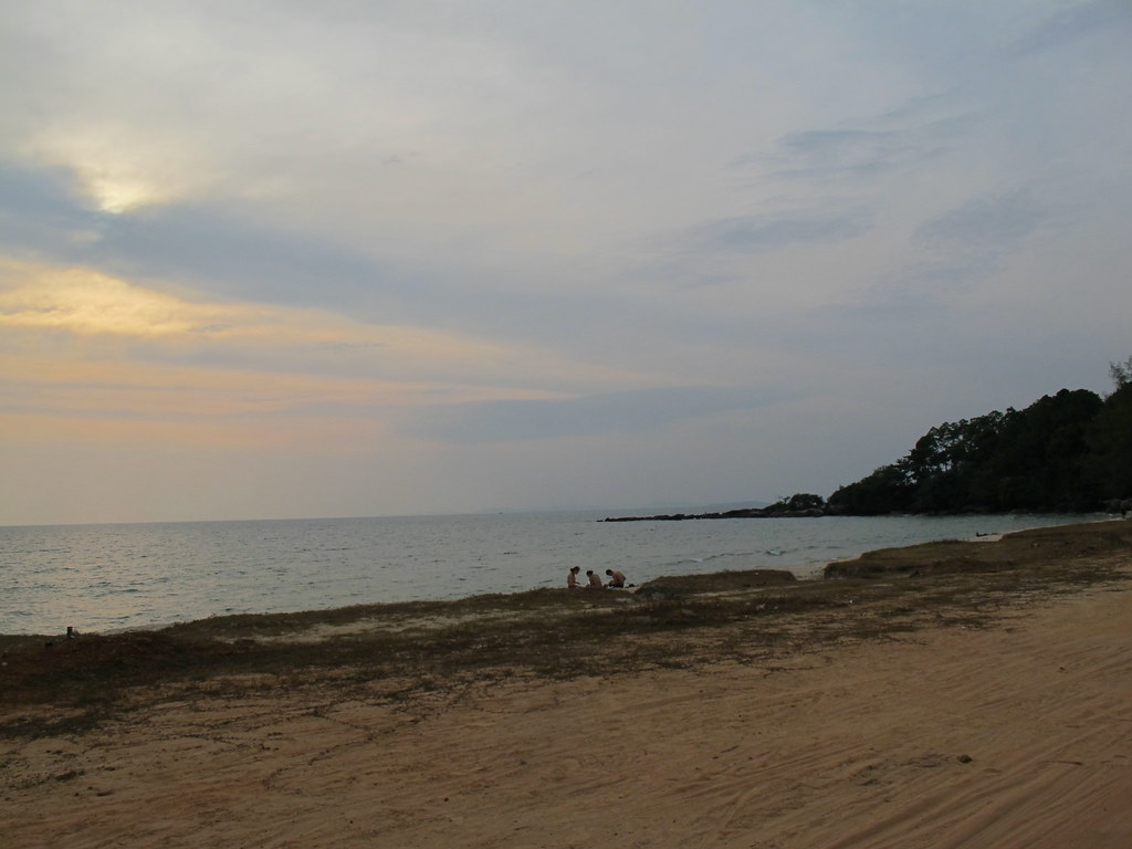 Late afternoon, Otres Beach, Sihanoukville