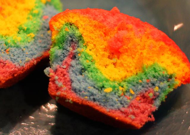 rainbow cupcake 2