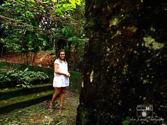 Ivinny Oliveira (.Pedro Soares.) Tags: woman verde green girl beautiful beauty smile branco pose model dress mulher felicidade happiness modelo garota beleza sorriso vestido ehite pedrosoaresphotography