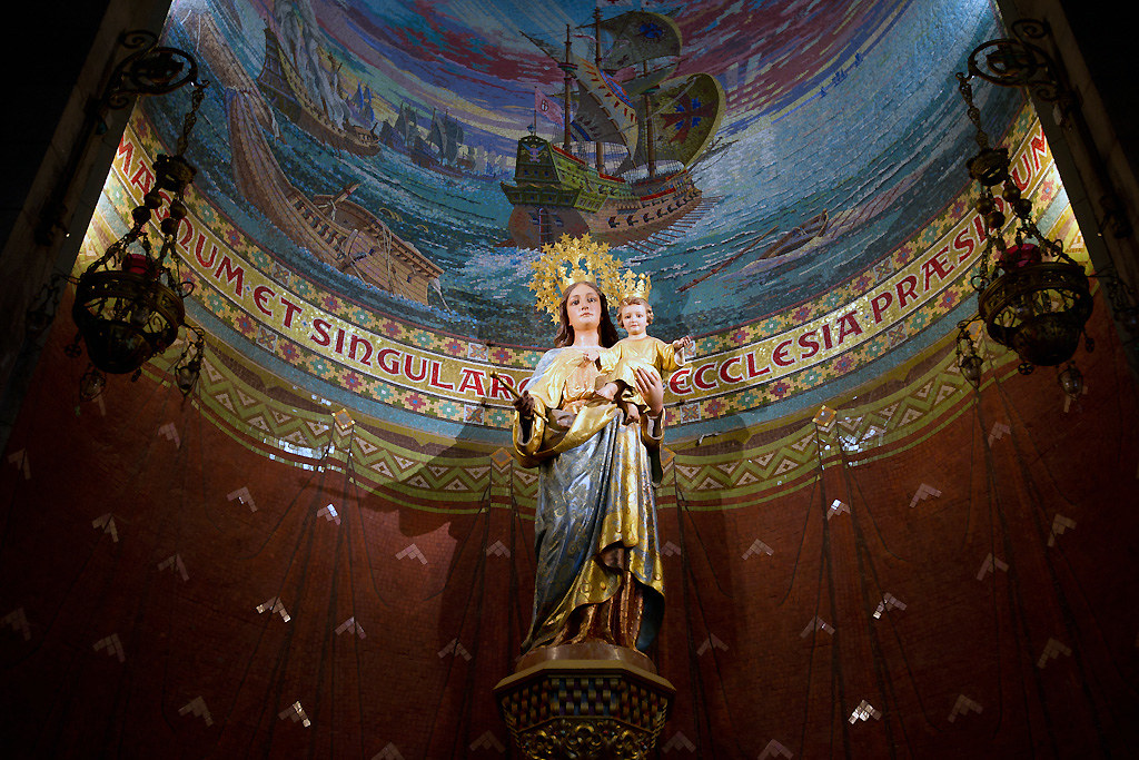 Mary Inside Temple del Sagrat Cor