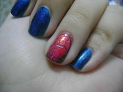 craquelado e flocado (lupy_monteiro) Tags: textura azul vermelho unha coleção esmalte sobreposição craquelado combinação flocado biguniverso