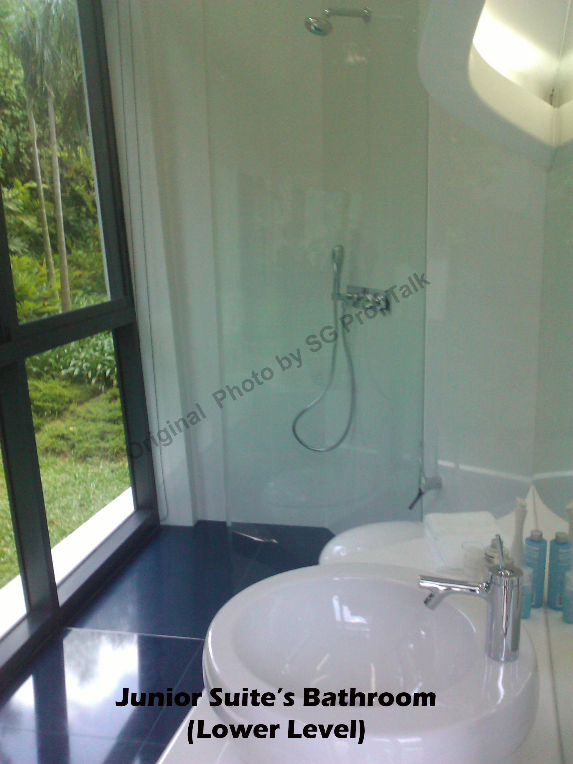J.Suite Bath