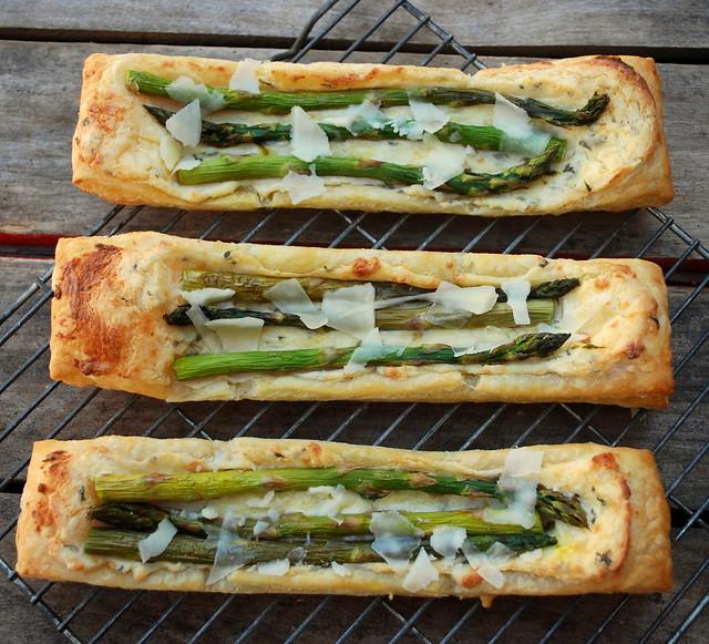 Creamy Asparagus Puffs 1