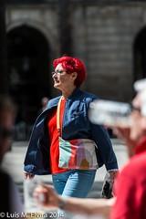 Red hair woman. (luisephoto) Tags: barcelona street espaa mujer europa gente retratos catalunya robados