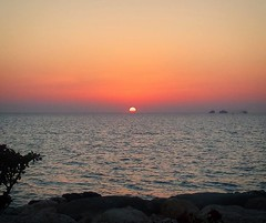 Sunset Paradise !! (IroKaragiorgi) Tags: sea vitaminsea sunset sunsetlovers sunsetpic sunsetphotography photography sun sunlight summer grece paros cycladesislands destination travel traveller travellife traveltheworld wanderlust traveladdict beautifulview nature naturelovers naturephotography rocks