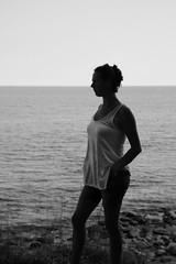 in Pose (kaiduei) Tags: schwarz weiss black white beauty frau push brste figur breasts