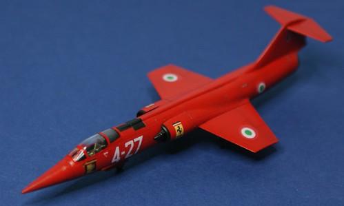 Revell 1/144 - F-104 Starfighter - Italian Ferrari - Completed - 5
