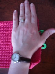 crochet mitt measuring