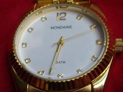 Relgio 1 (Cayyan) Tags: macro gold watch relgio ouro mondaine ponteiros ponteiro