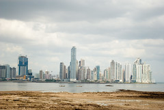 (BernardoArtigas) Tags: trip travel vacation sky building day cloudy panamá bahía