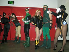 Sandwiched By Weirdness (Roxanna Meta) Tags: comics dc costume comic cosplay greenlantern catwoman poisonivy blackcanary justiceleague zatanna wondercon greenarrow wondercon2010