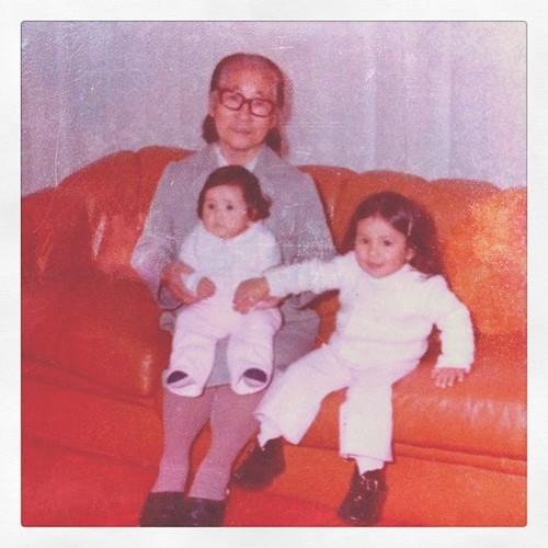 Com a Batian (Vó japonesa) e minha irmã Sheron #aos3 #aniversario