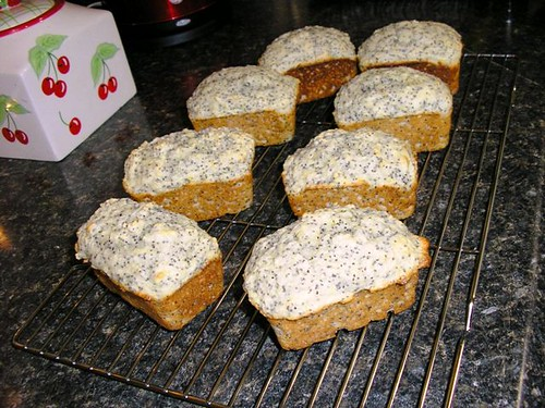 Mini lemon-poppy seed loaves 1