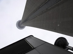 under the towering upness (dmixo6) Tags: winter urban toronto canada architecture silver downtown curve dugg dmixo6
