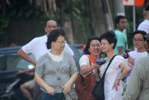Miss HK was being hauled by Indonesia paparazzi