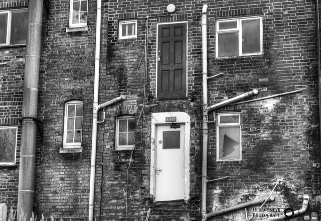 39/365 Abandoned Portsmouth - Doors in a Wall