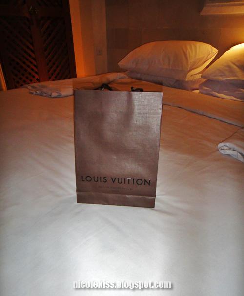 Louis Vuitton present