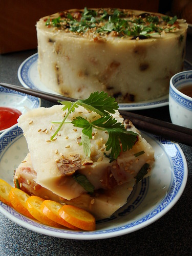 Steamed Turnip Cake 臘味蘿蔔糕