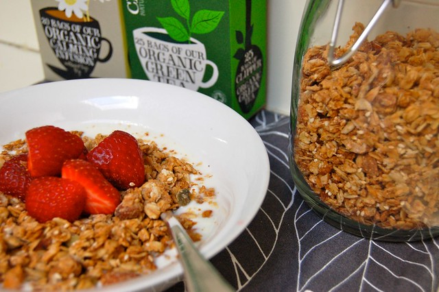 homemade granola and yoghurt