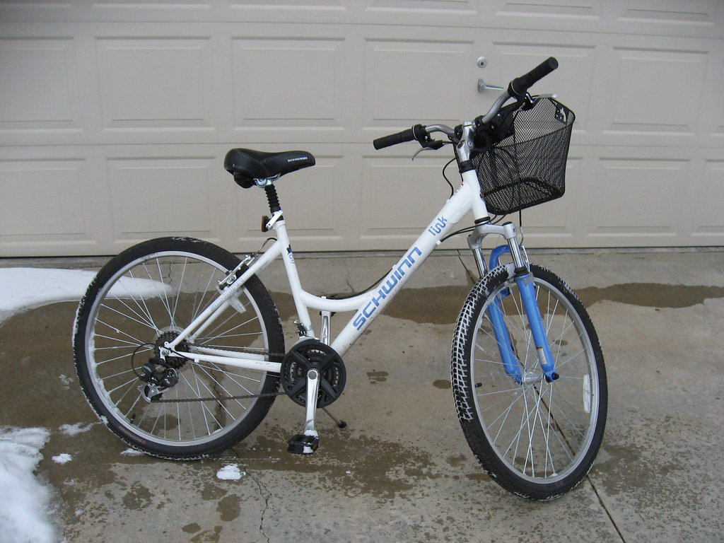 almost brand new bike for ladies $65