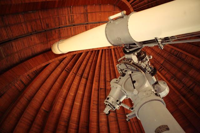 巨大な望遠鏡