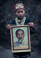 H Chi Minh, A hero for Vietnam (Eric Lafforgue) Tags: poster asia culture tribal vietnam communist viet tribes asie tradition tribe ethnic dao minority dzao tribo