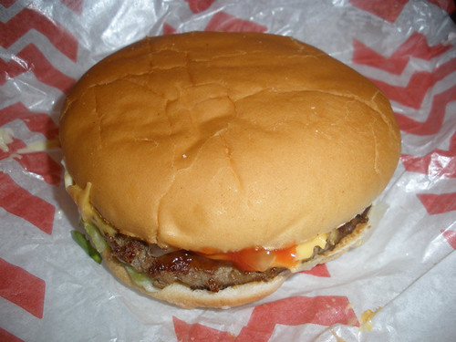 Macari's cheeseburger
