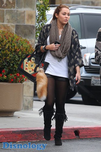 Miley Cyrus Breakfast With Mom Tish Cyrus · Miley Cyrus Tish Cyrus Breakfast