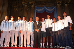 11.03.03 Macri da la bienvenida a los equipos de tenis de Copa Davis de Argentina y Rumania