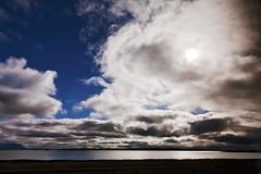IMG_4198 - Mývatn (Alessandro Grussu) Tags: canon 5d islanda iceland island myvatn lago lake see nuvola cloud wolke sole sun sonne paesaggio landscape landschaft