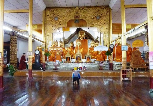 Kengtung-Temples-Wat Maha Myat Muni(5)